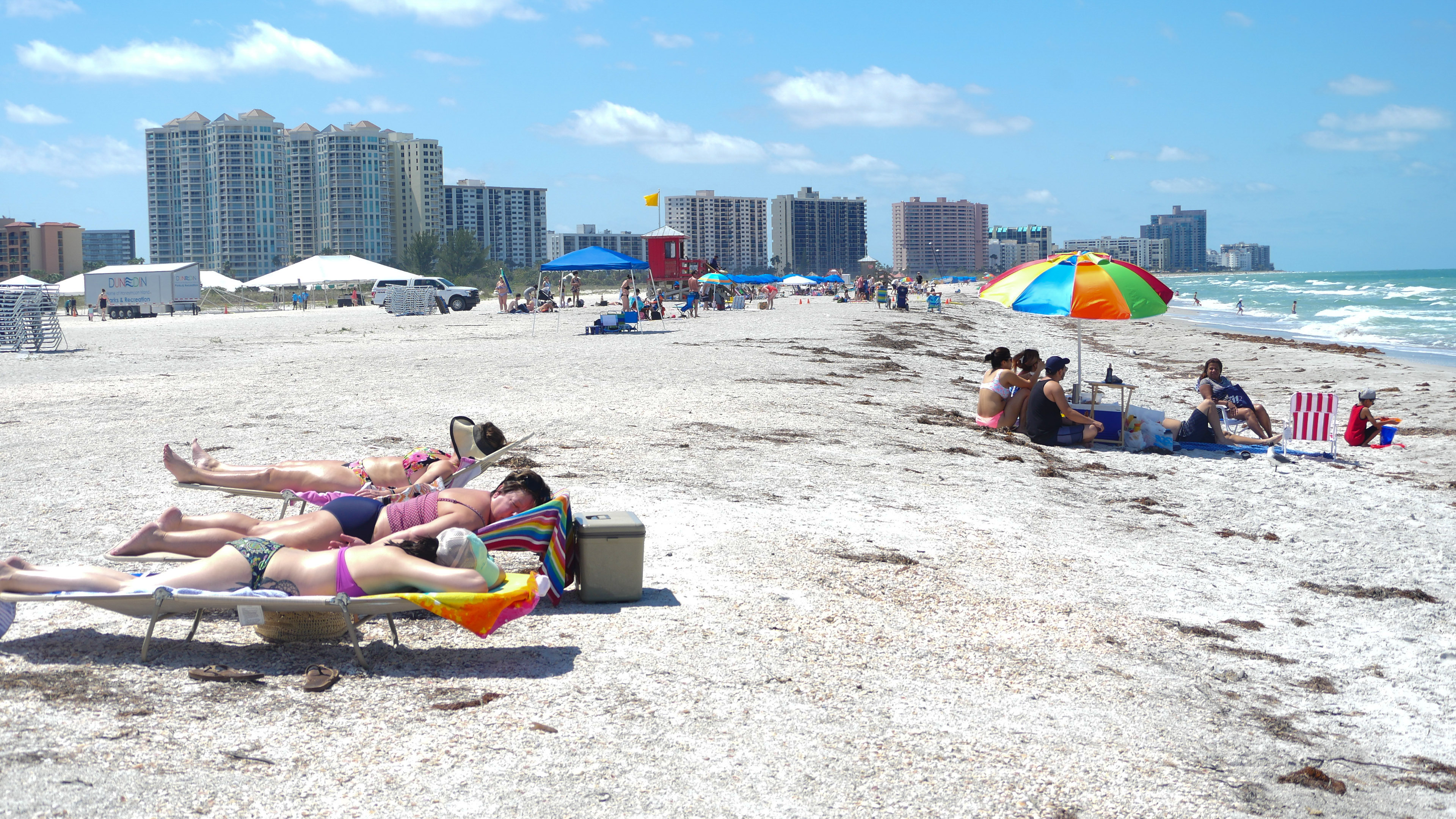 clearwater beach girls Clearwater beach is the 2018 winner of #1 beach in world by trip advisor  beds have comfortable mattresses, full sized he washer and dryer in unit.